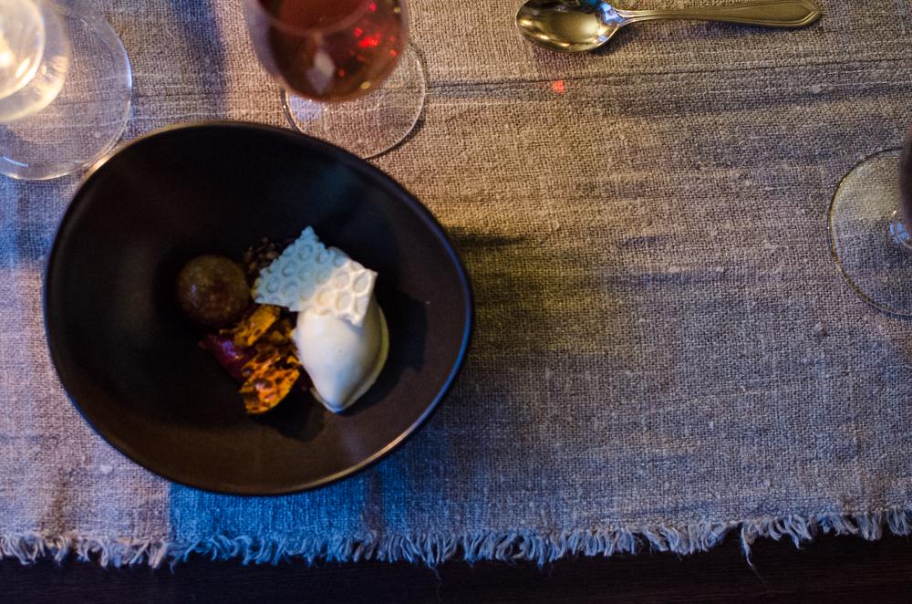 huset-restaurant-svalbard-19