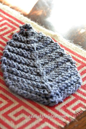 Knitted Leaf