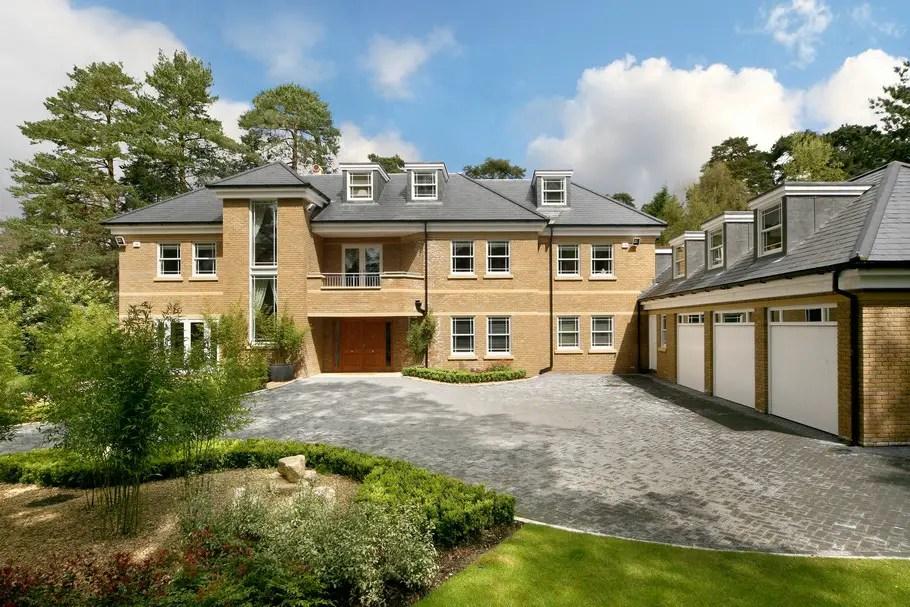 Luxury Surrey Property, England « Adelto Adelto