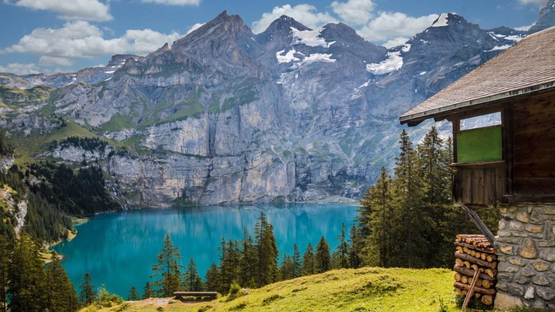 A hut near a mountain lake