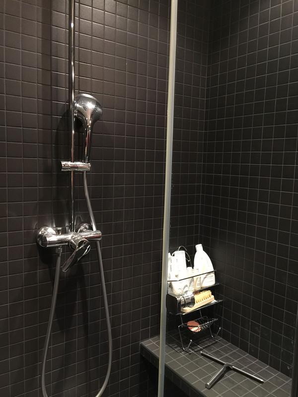 Salle de bain Noir AD et moi 3