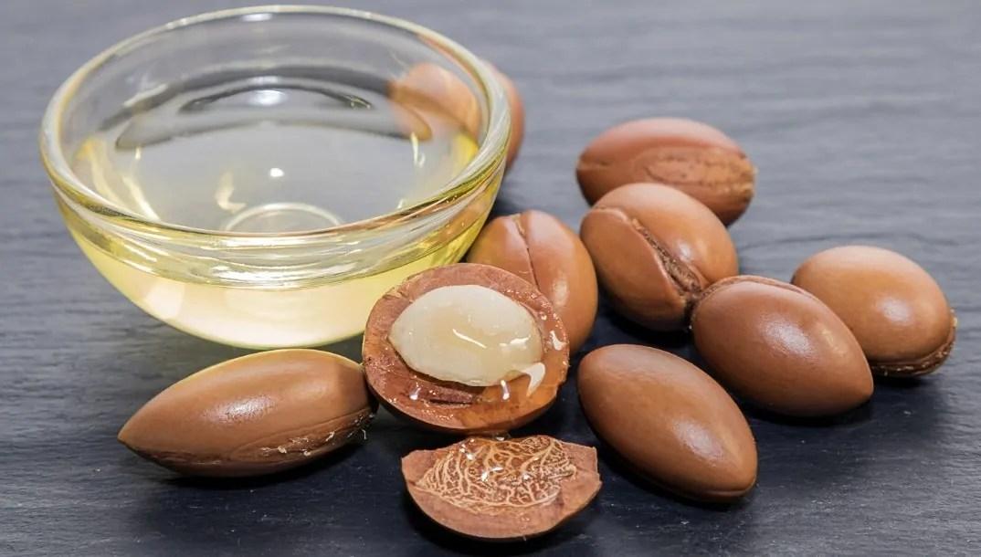 Manfaat Minyak Argan untuk kecantikan yang Bagus Untuk Wajah Bulu Mata & Rambut