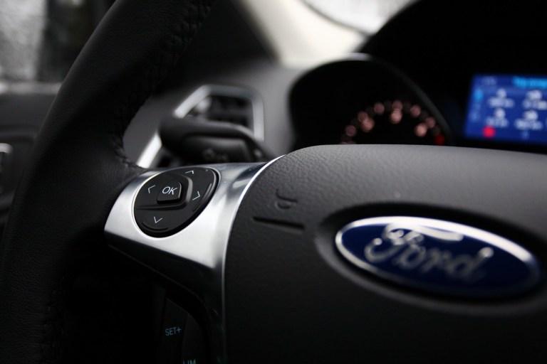 Ford Kuga (24)