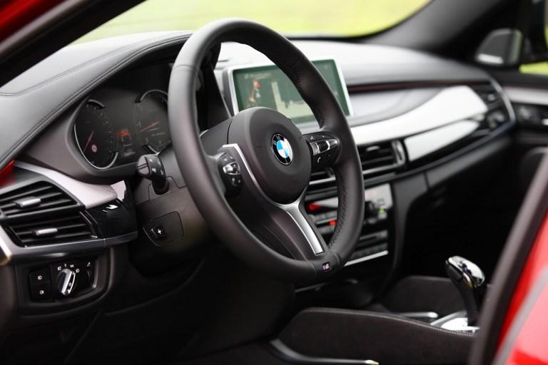 BMW X6 M50d_17