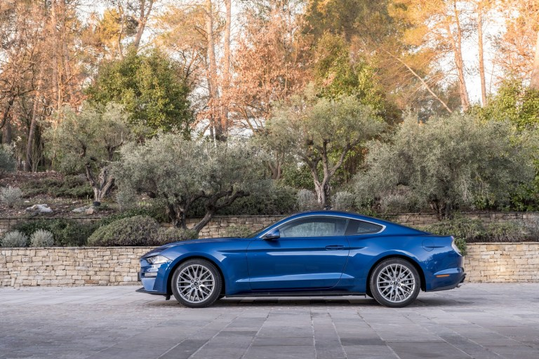 Ford Mustang Nissa (4)