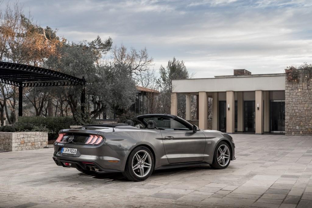 Ford Mustang Nissa (9)