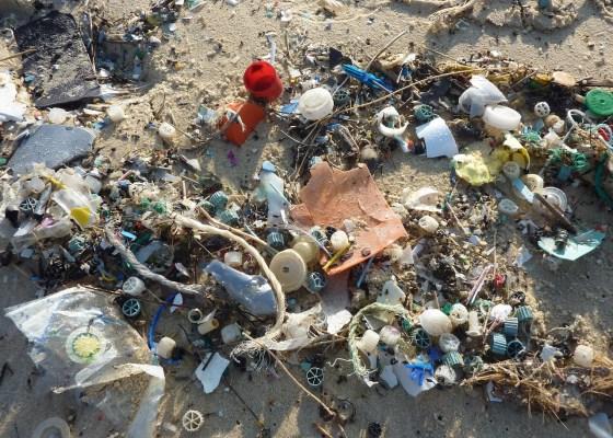 beach ocean plastic waste