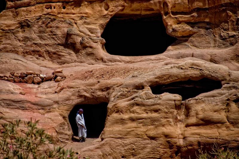 """""""a los que viven en cuevas o en caravanas"""""""