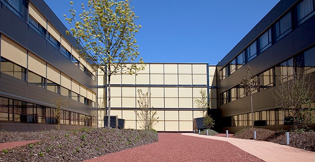 outdoor-facade-blinds-soltis-92-3