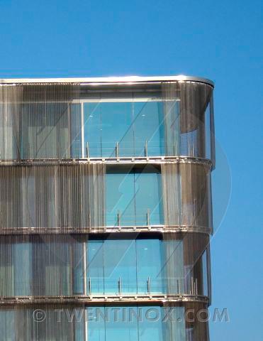 w-twentse-welle-enschede-sierra-papa-zonwering-sunscreen-metalen-gordijnen-metal-curtains-metall-vorhange-metallique-rideau-005