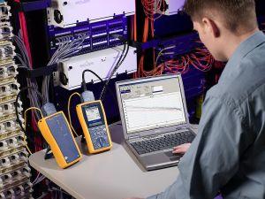 800px-fluke_networks_10g_kit