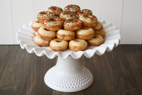 Easy Christmas Donuts