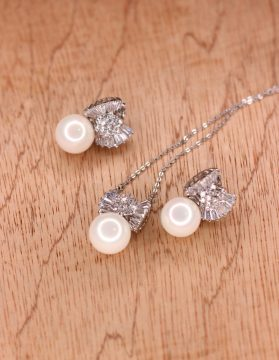 Stainless Steel Crystal Stone Necklace