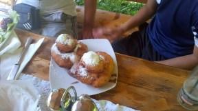 gogosi or donuts