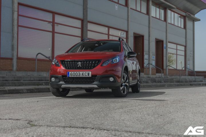 frontal Peugeot 2008