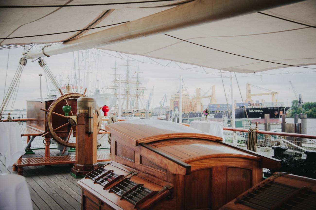 Hochzeit in Hamburg auf dem Segelschiff Rickmer Rickmers im Hamburger Hafen