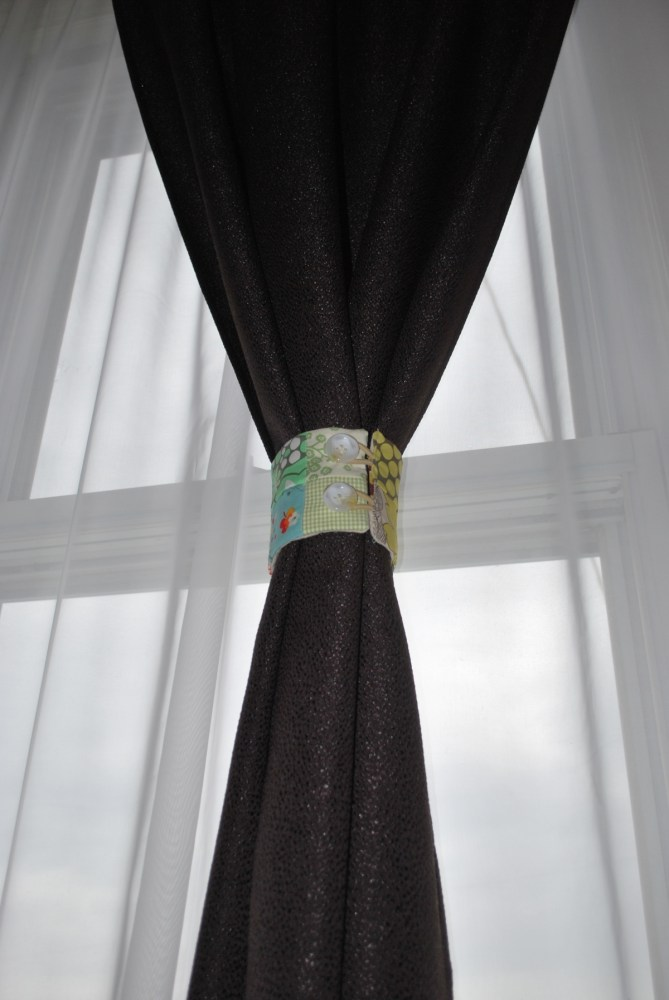Double Sided Curtain Ties (2/2)