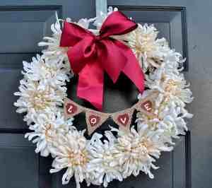 Simple, Elegant Valentine's Wreath