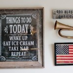 how to create a patriotic gallery wall