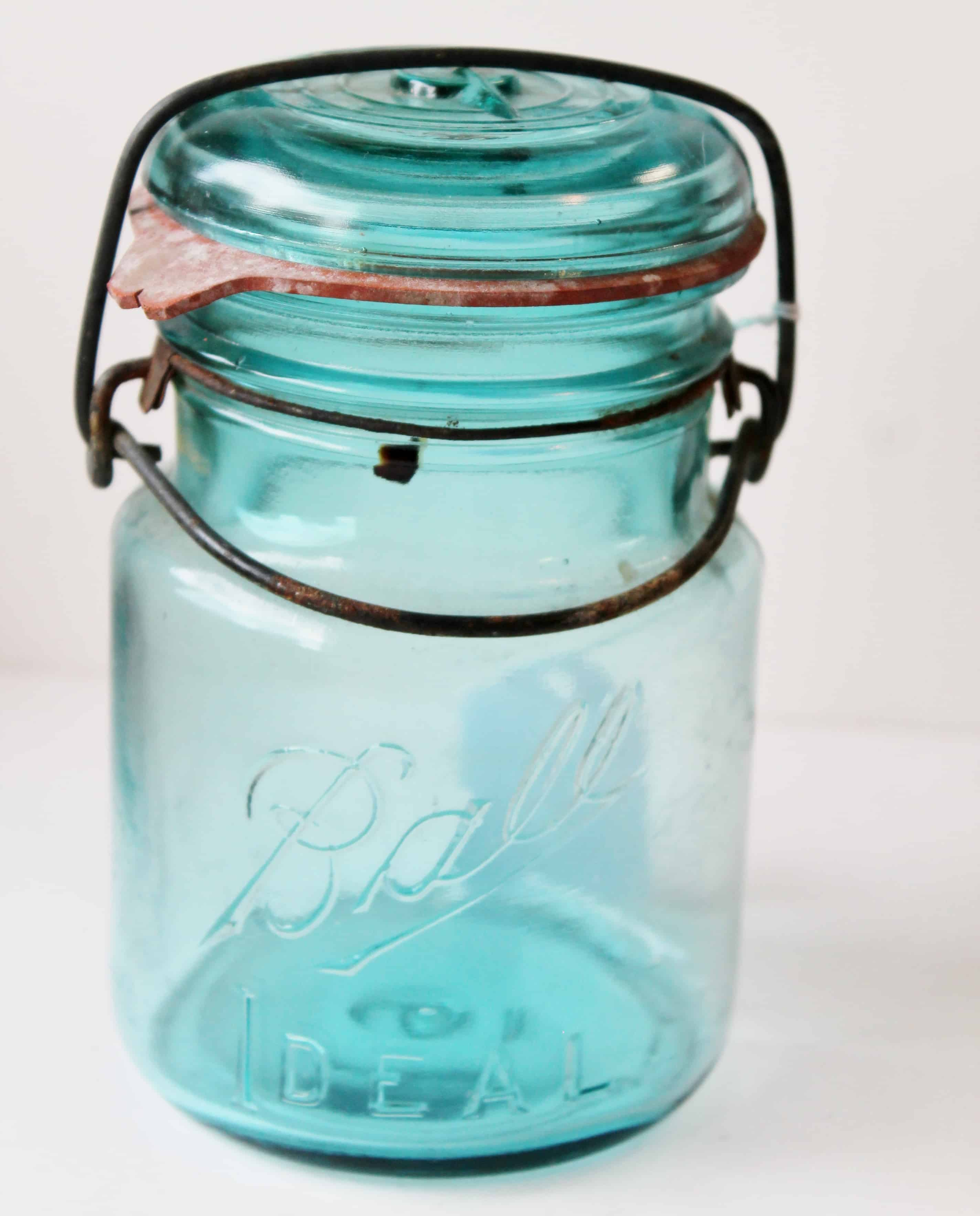 aqua ball canning jar pint size with metal closure