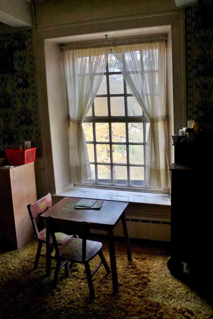 Becker Stone House bedroom