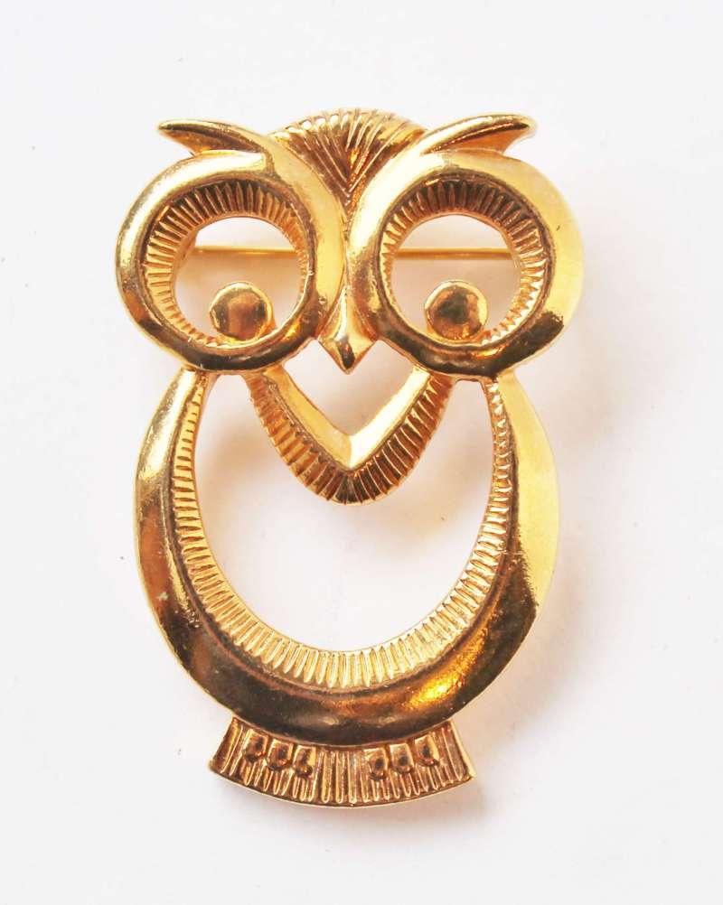 vintage gold tone owl pin