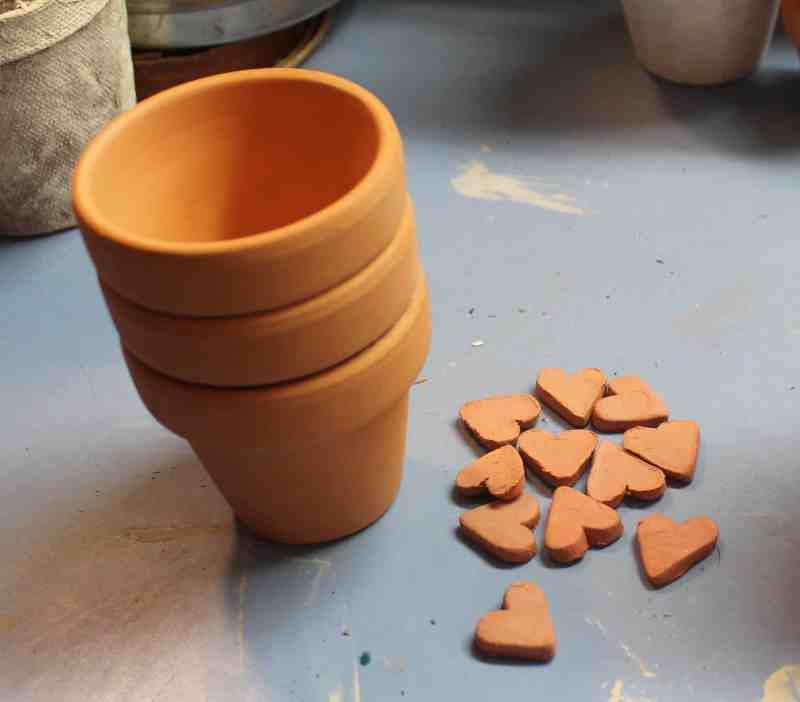 terra cotta pots and hearts