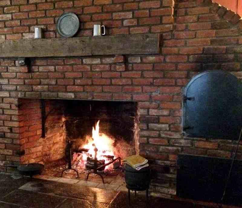 Roaring Fire, George Mann Tory Tavern