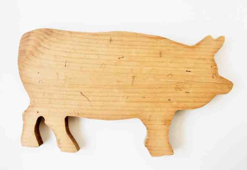 vintage pig cutting board