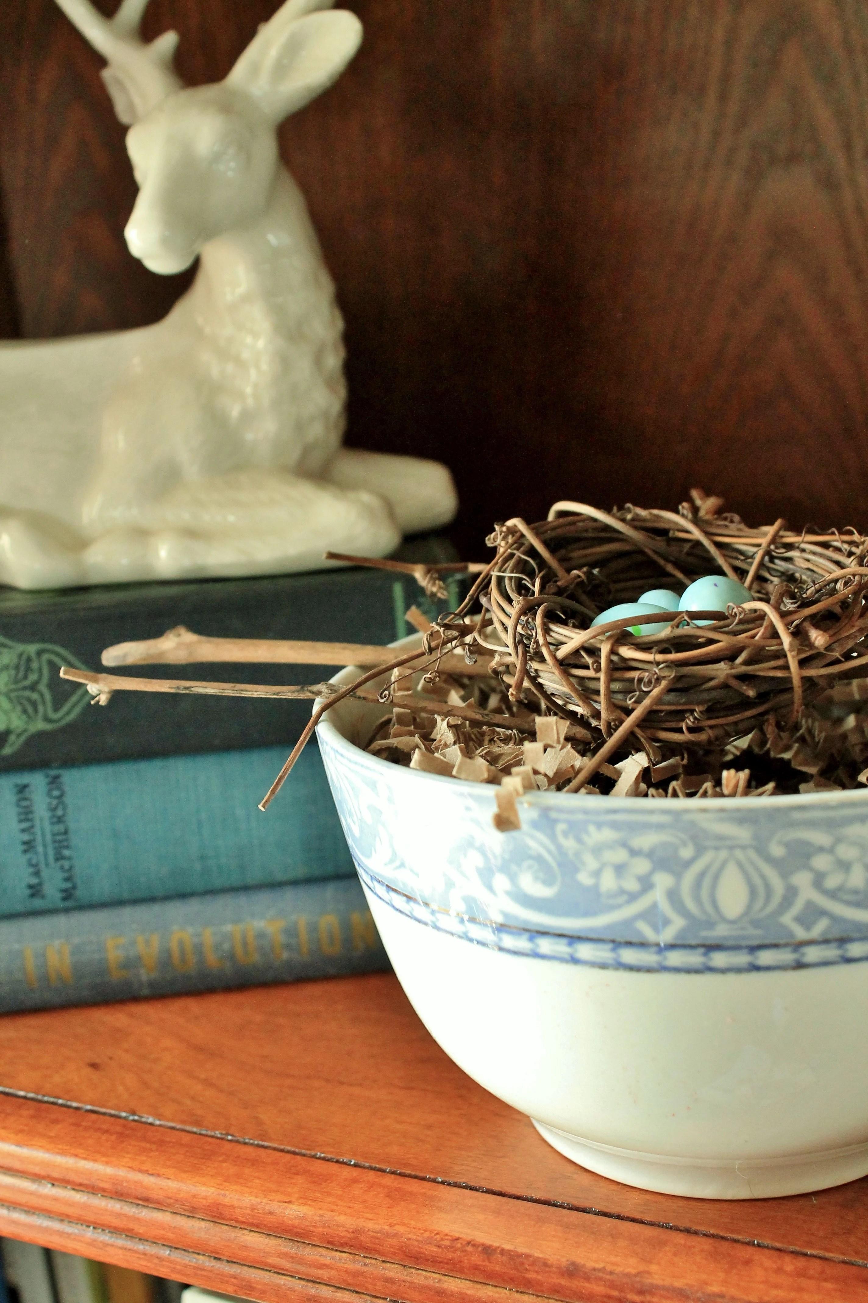 Vintage transferware bowl with nest
