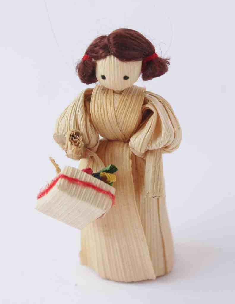 Vintage Christmas Corn Husk Doll (2)