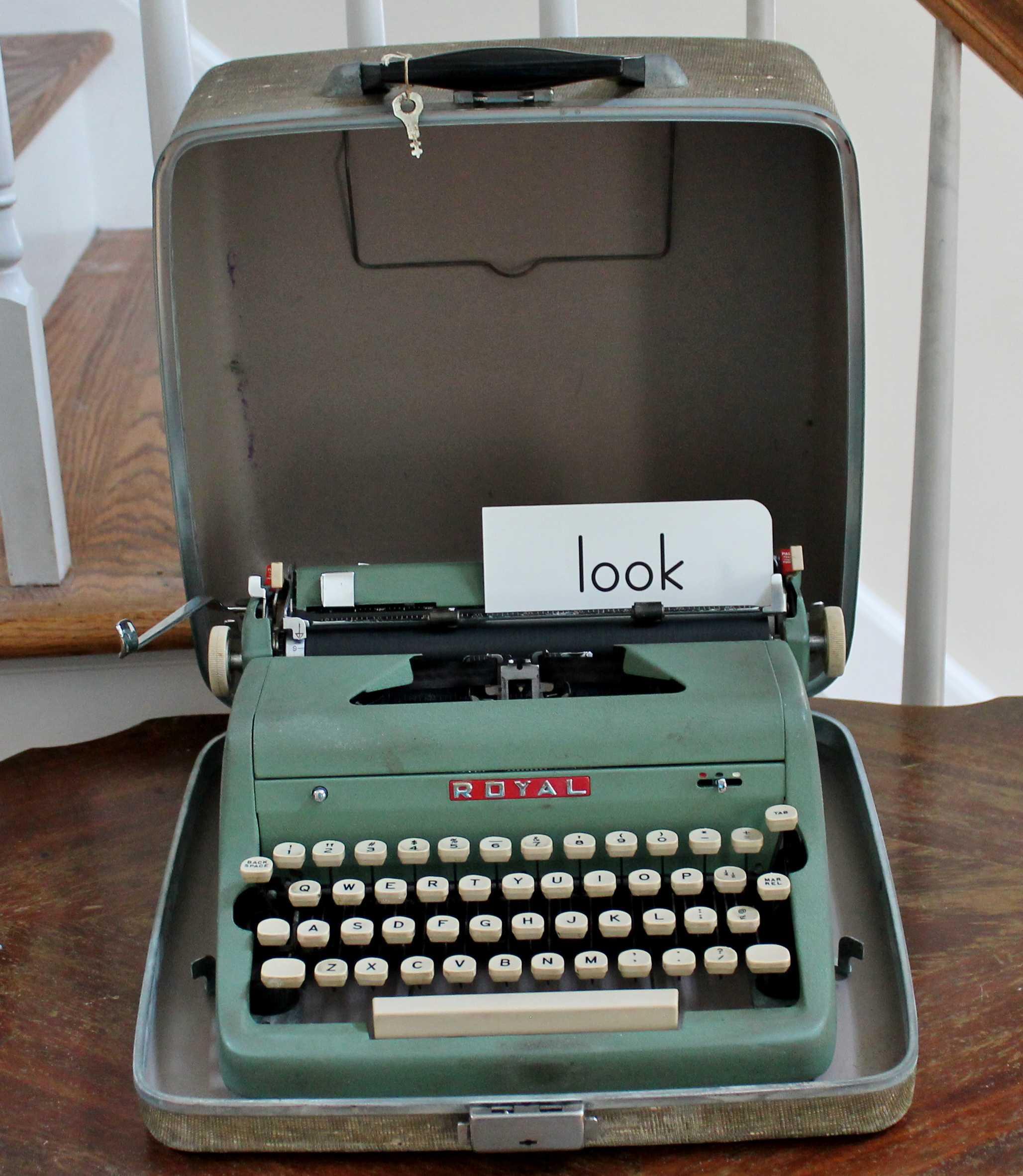 Vintage Green Typewriter