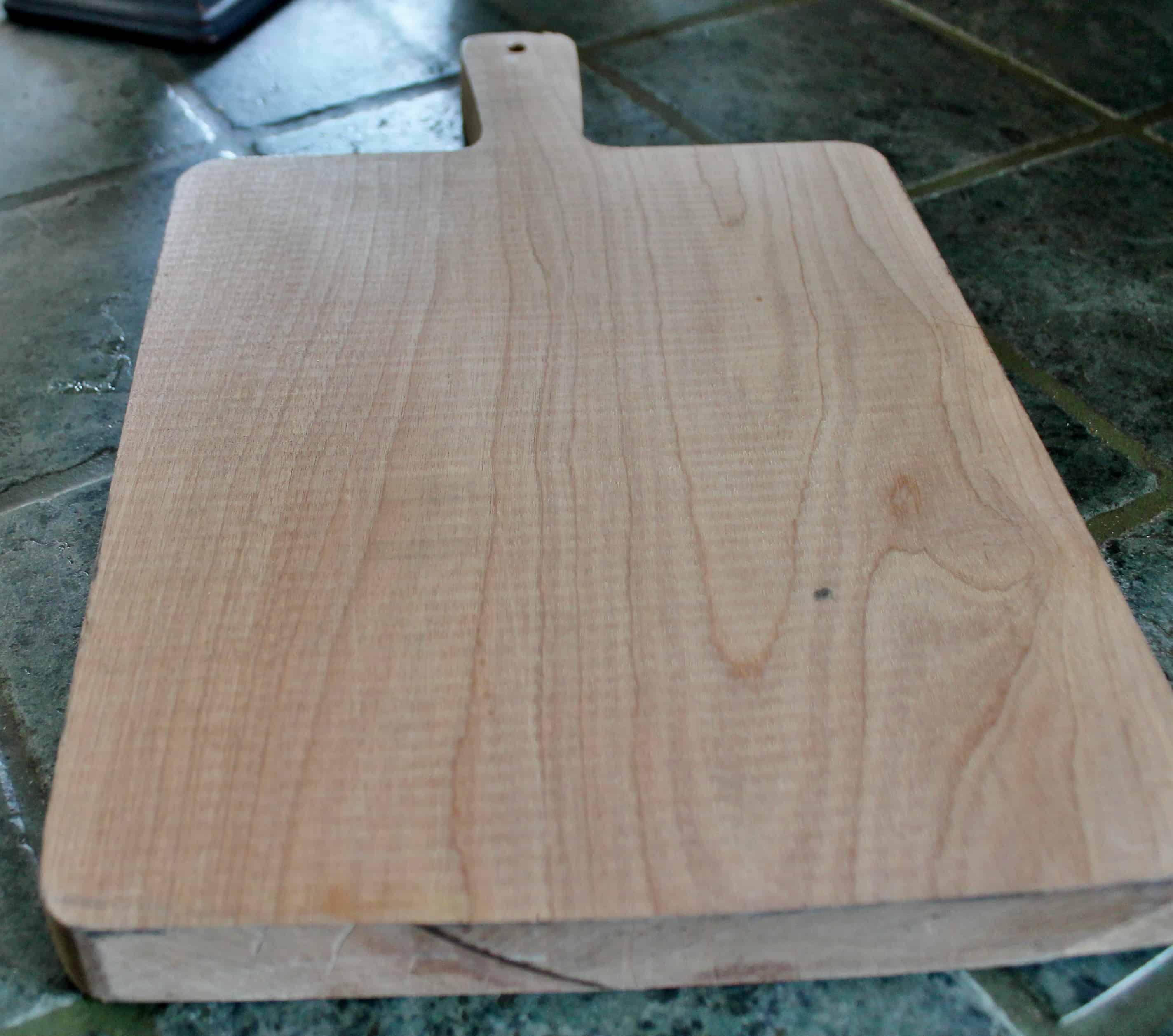 Unseasoned cutting board