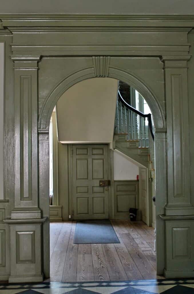 doorway-inside-schuyler-mansion-678x1024