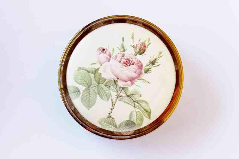 rose decorated vanity jar lid