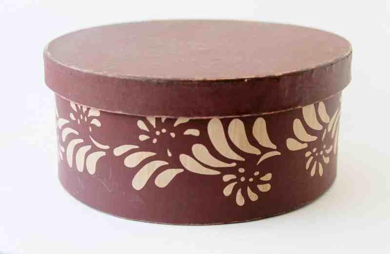 vintage stenciled band box