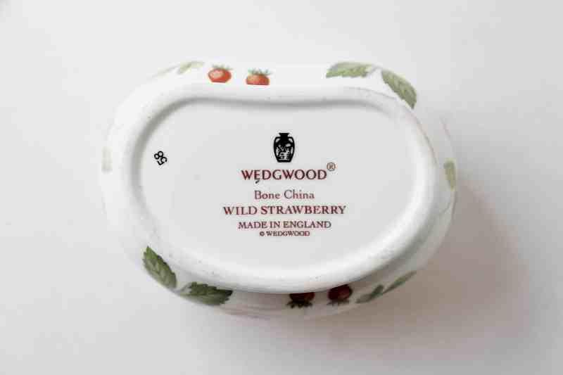 wedgwood bone china wild strawberry trinket box mark