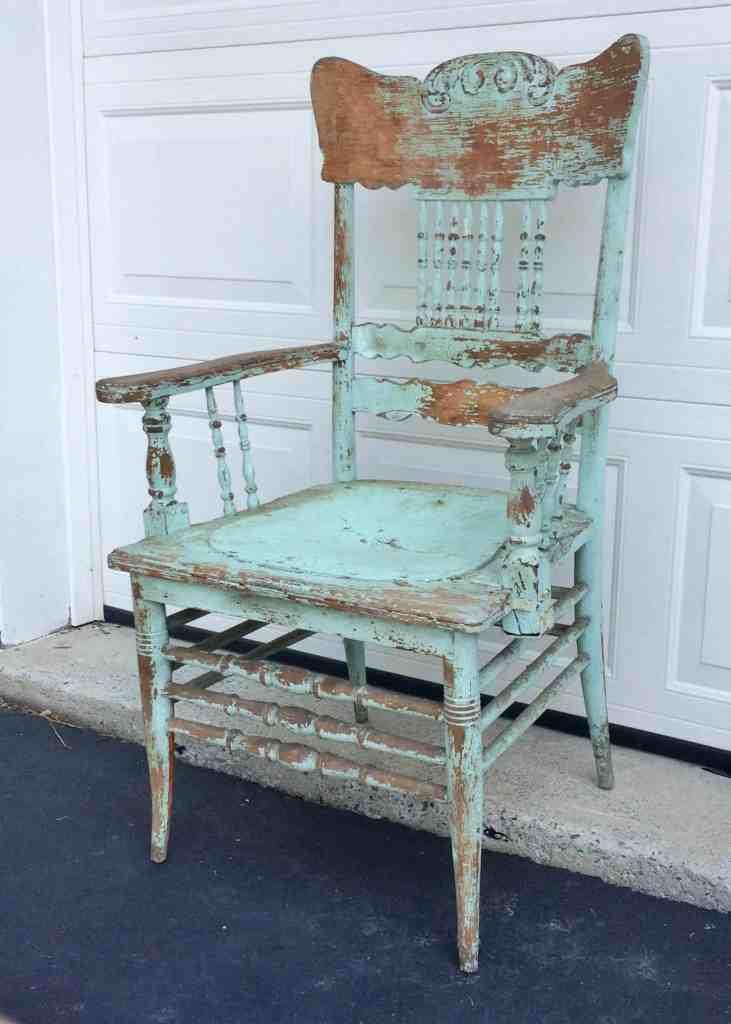antique chippy aqua arm chair