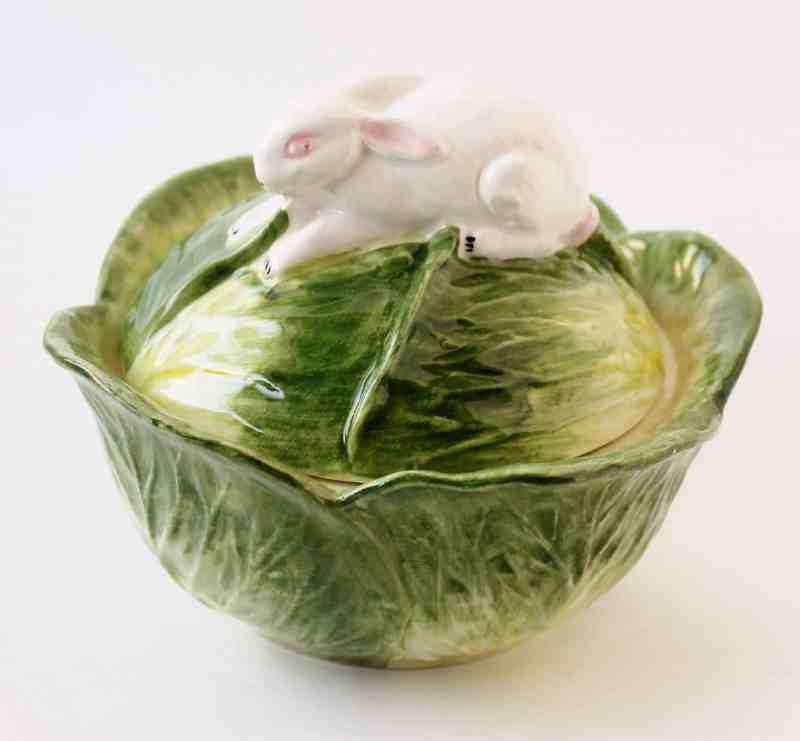 majolica style cabbage dish