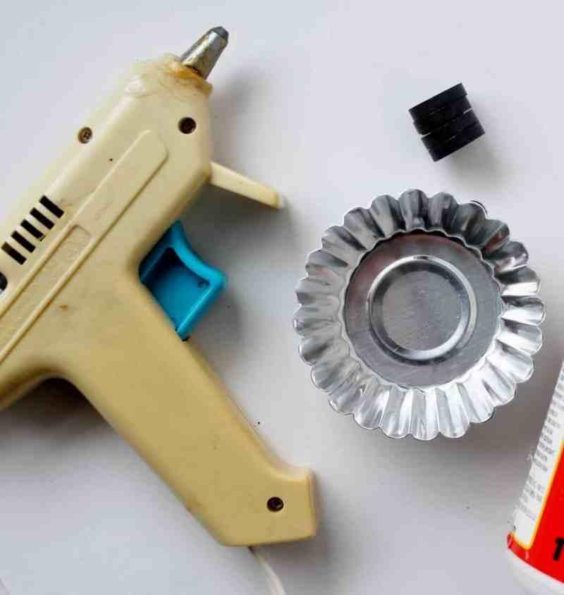 craft supplies for tart tin magnets