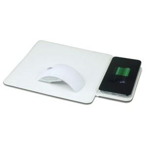 משטח טעינה אלחוטי משולב פד לעכבר מחשב עם מעמד סמארטפון מובנה