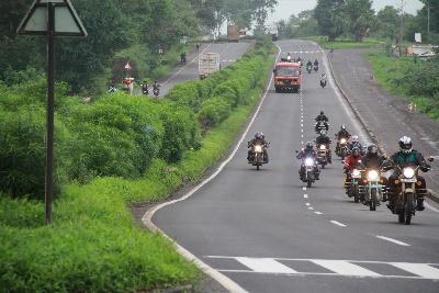 Aditya Raj Kapoor on bike