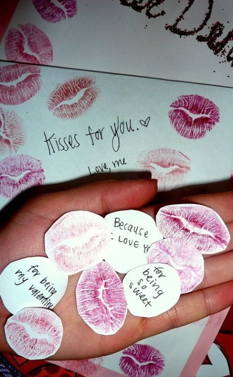 Lipstick Kiss Marks with Sweet Notes on the Back