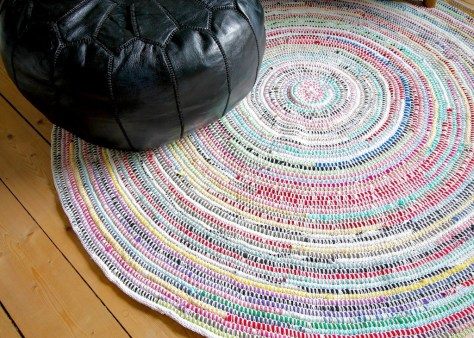 DIY Crochet Carpet From T-Shirts