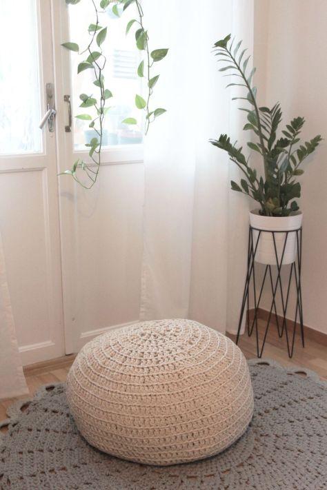 DIY Crochet Pouf