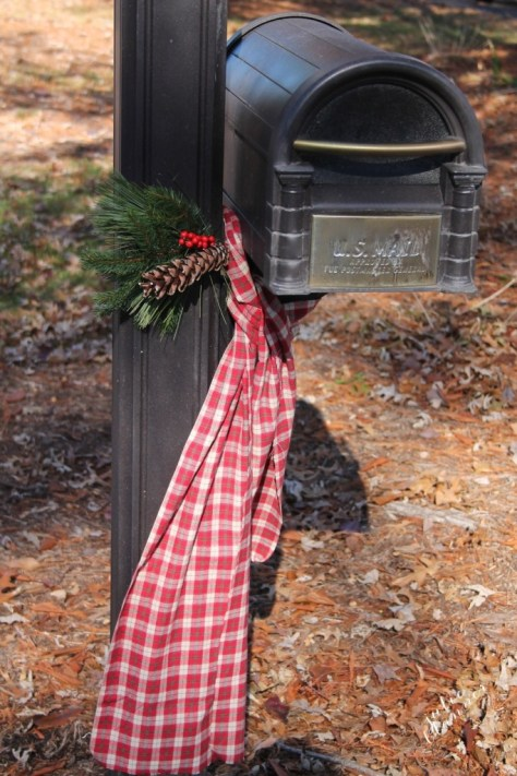 Mailbox Christmas Decorations