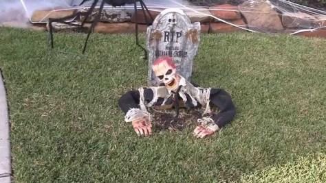 Zombie Outdoor Halloween Decoration