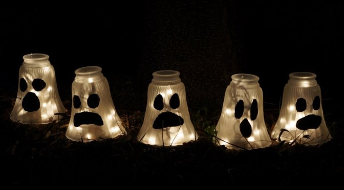 51 Outdoor Halloween Decorations Ideas – Do It Yourself