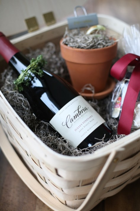 Molten Lava Cake with Wine and Chocolate Gift Basket
