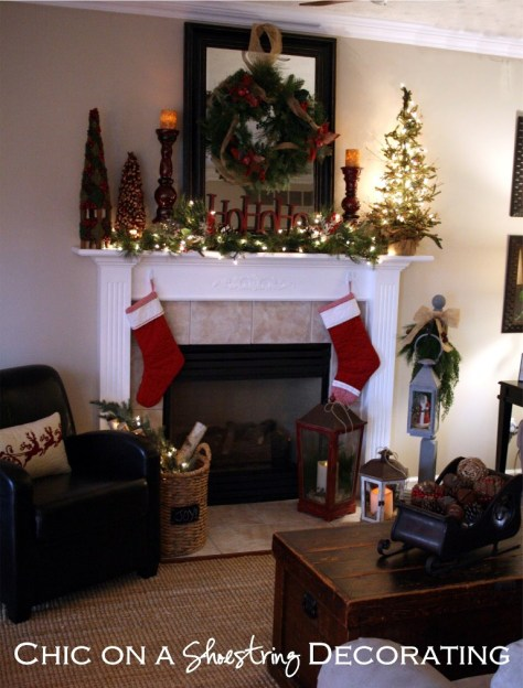 Rustic Mantel Christmas Decoration
